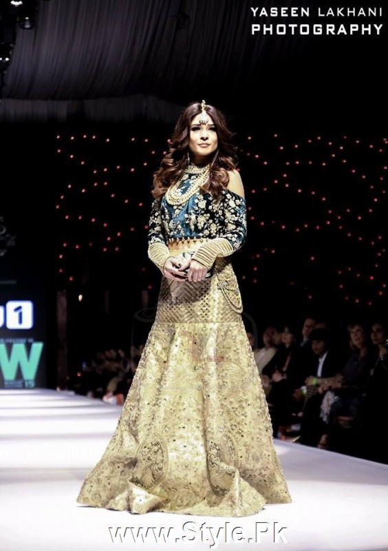 See Classy Looks of Pakistani Models on FPW15 Day 1
