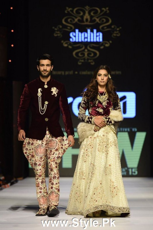 Classy Looks of Pakistani Models on FPW15 Day 1 (18)