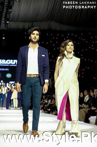 Classy Looks of Pakistani Models on FPW15 Day 1 (9)