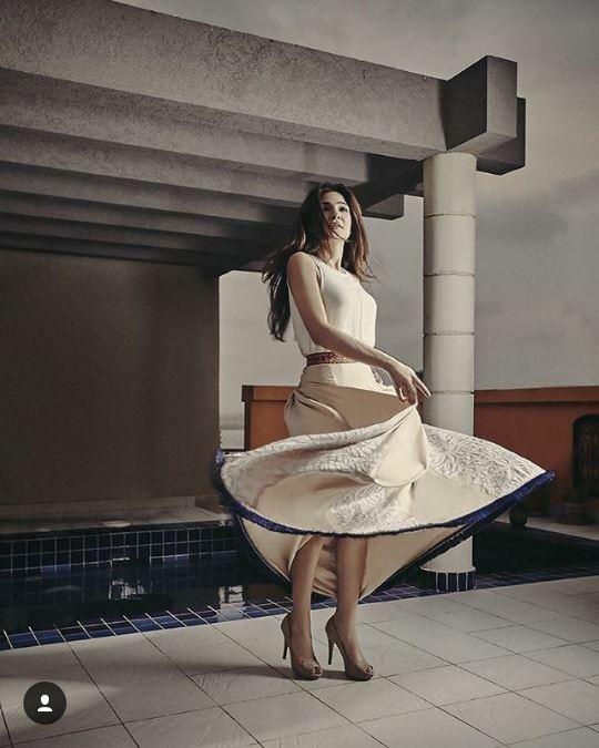 Hot looks of Ayesha Omar for BeautifulYou (2)