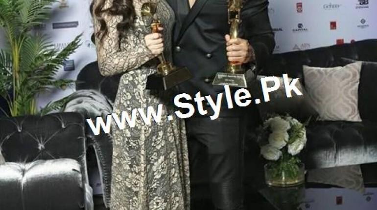 See Mahira Khan and Varun Dhawan are winners of Masala Awards 2015