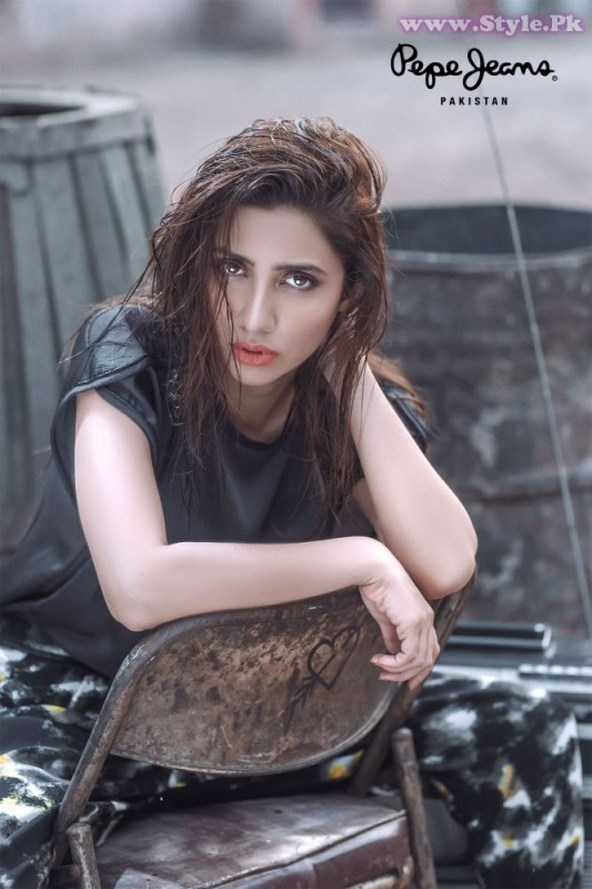Mahira Khan for Pepe Jeans Pakistan Winter 2015 Campaign - #MKLovesPepe (1)