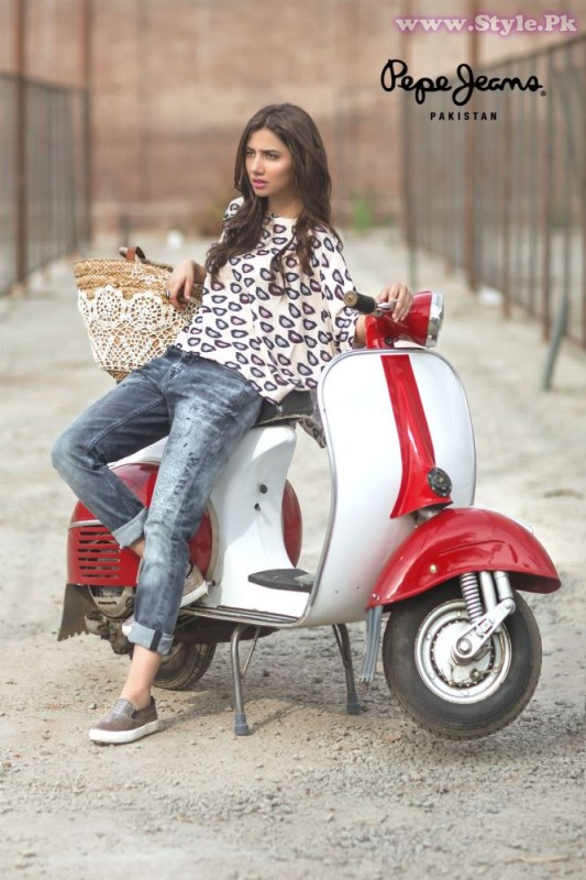 Mahira Khan for Pepe Jeans Pakistan Winter 2015 Campaign - #MKLovesPepe (9)