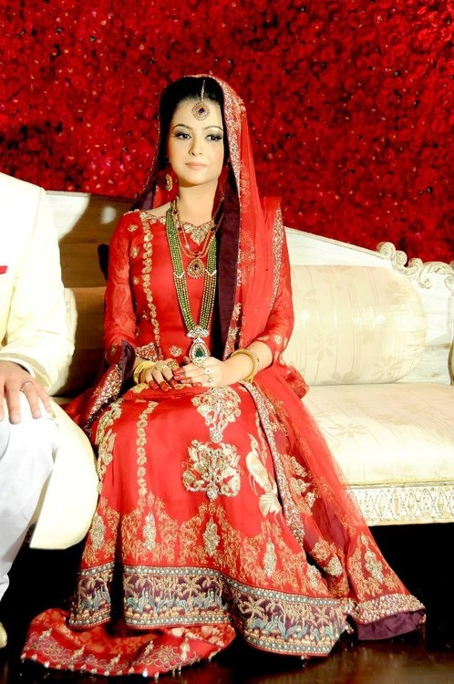 Pakistani barat dresses 2016 in pakistan for Online pakistani wedding dresses
