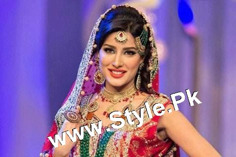 Pakistani Celebrities who should get married in 2016 (4)
