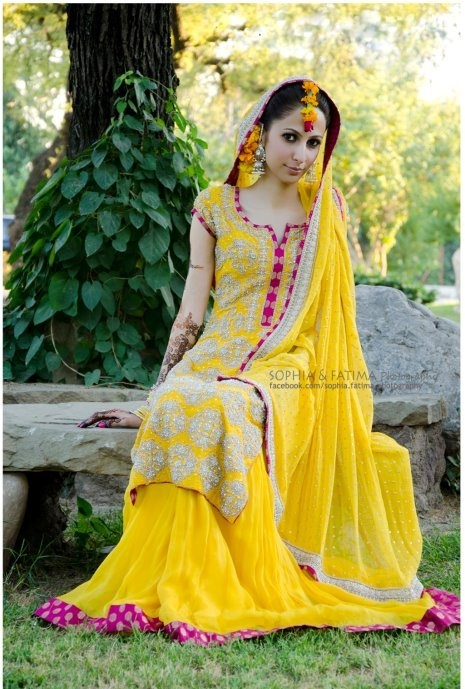 Mehndi Beautiful Dresses : Pakistani mehndi dresses