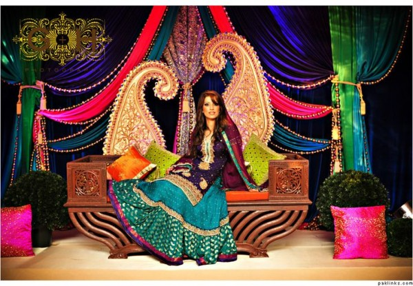 Mehndi Wedding Dresses 2016 : Pakistani mehndi dresses 2017