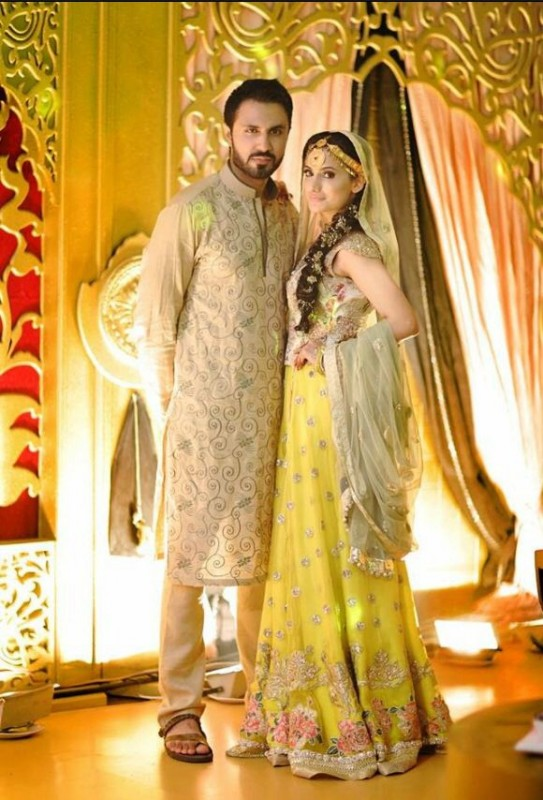 Mehndi Party Dresses 2016 : Pakistani mehndi dresses