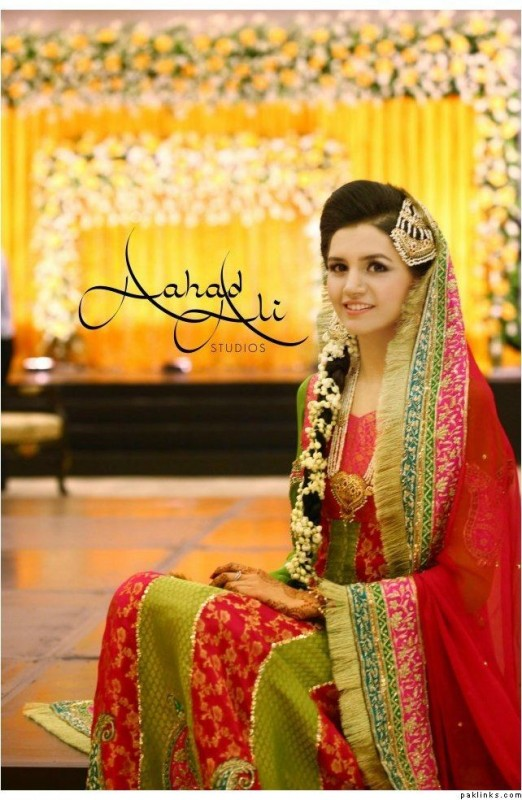 Green Red Pakistani mehndi dresses
