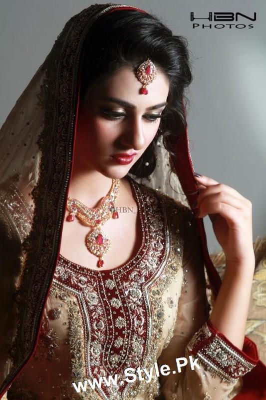 Sara Khan's Bridal Photoshoot  (8)