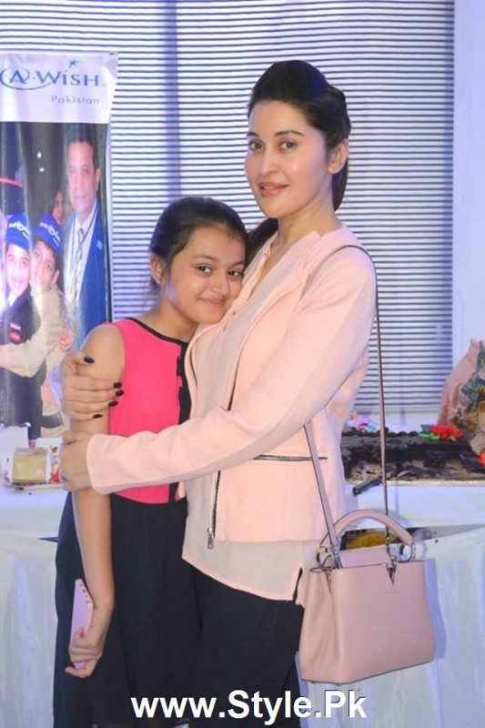 Shaista Lodhi Celebrated her birthday with Thalassemia patients (4)