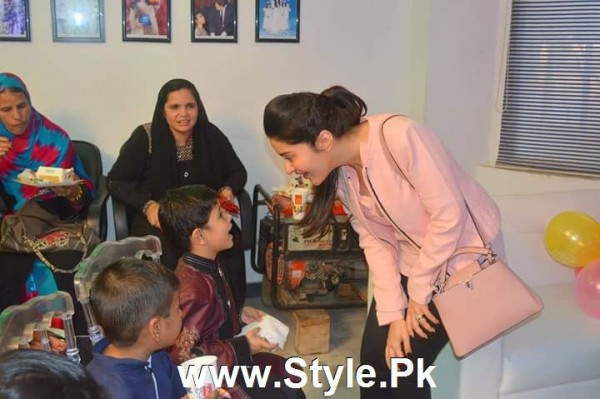 Shaista Lodhi Celebrated her birthday with Thalassemia patients (8)