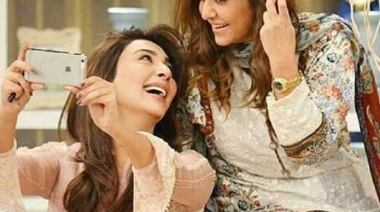 See Some precious moments from Nadia Khan Show