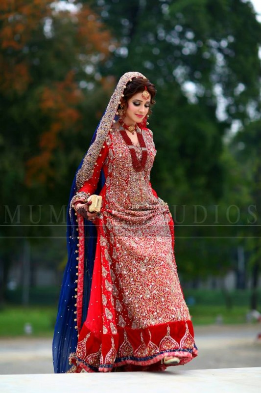 latest fashion collections pakistani bridal dresses