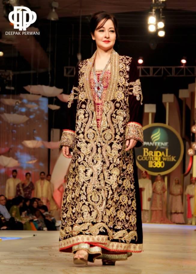 Pakistani Wedding Dresses Images 35 Lovely designer bridal dress deepak