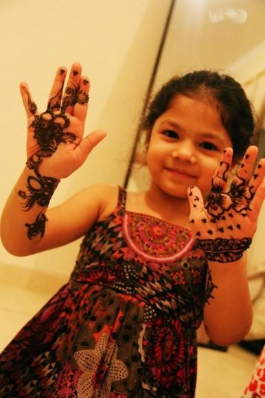 mehndi designs for kids 2016