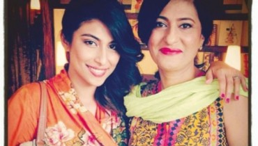 meesha shafi mother picture