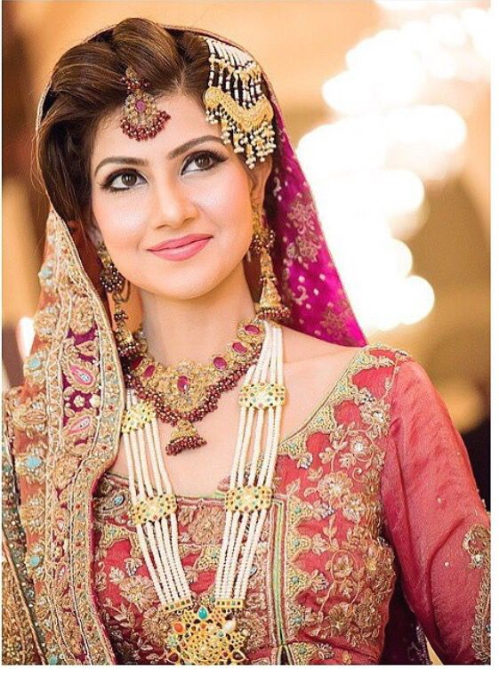 pakistani bridal jewelry sets For Pink bridal dresses