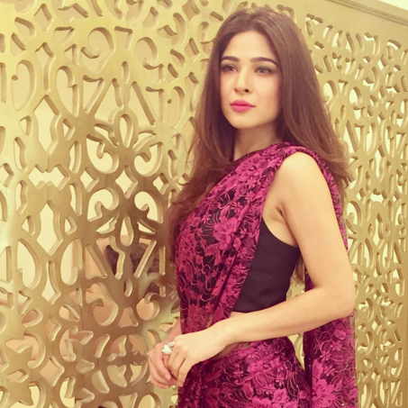 Ayesha Omer sizzling pictues