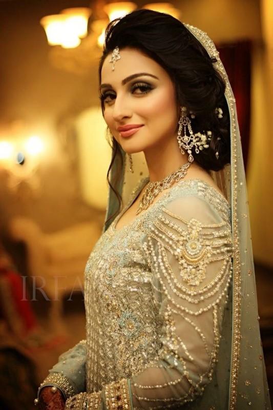 Pakistani Bridal Hairstyles