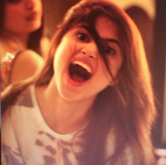 Funny Selfies by Celebrities.jpg- --
