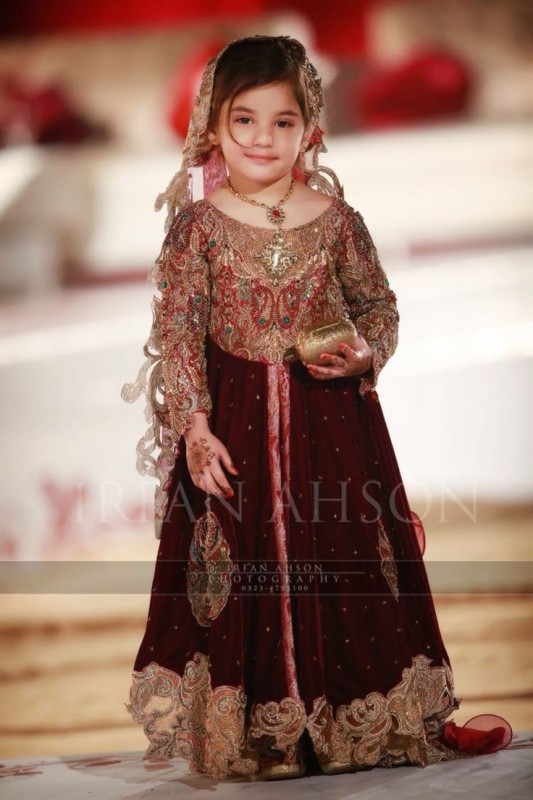 Kids Fancy dresses 2016 in Pakistan-velvet