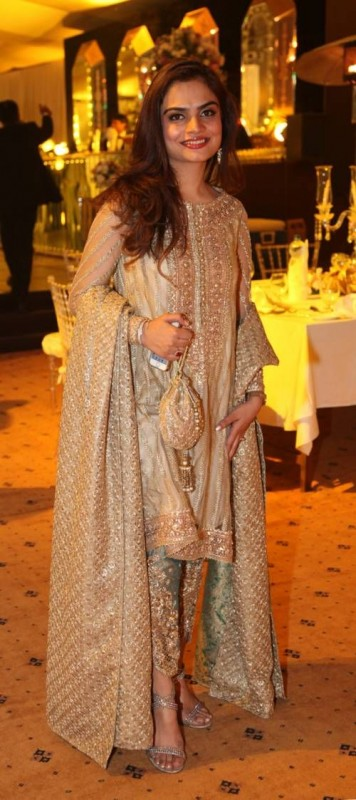 Ladies Fancy Dresses in Pakistan