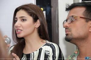 Mahira Khan IOBM Karachi