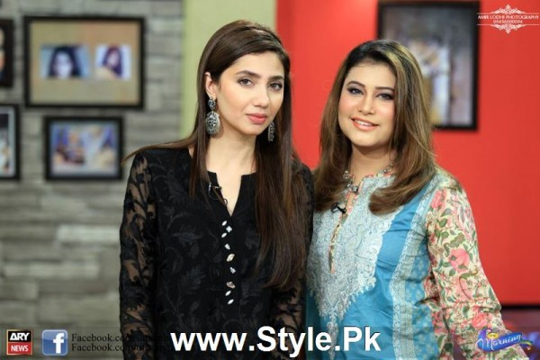 Mahira Khan celebrated her advance birthday in The morning Show (2)
