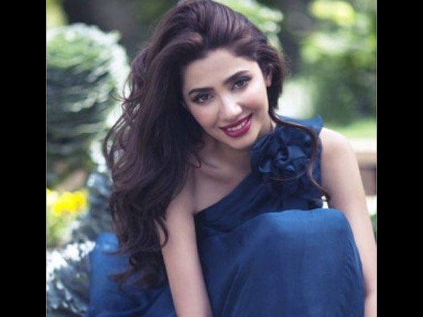 Mahira Khan Hot