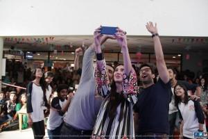 Mahira Khan with IOBM students