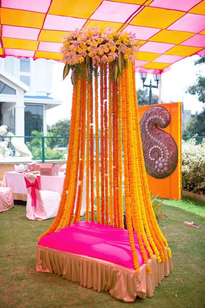 Mehendi Ceremony Decoration Ideas At Home : Mehndi Decoration Ideas 2016-stage