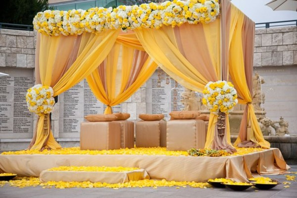 Mehendi Ceremony Decoration Ideas At Home : Mehndi Decoration Ideas 2016-yellow