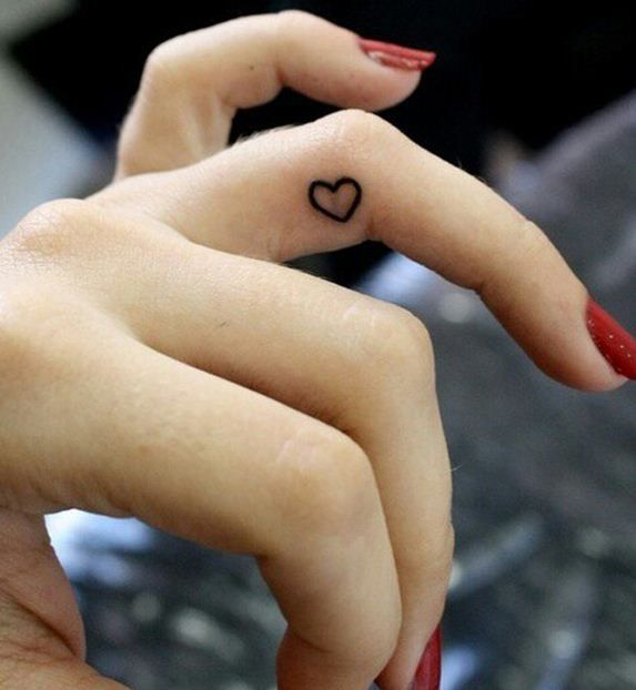 Mehndi Tattoo 2016 for girls-heart