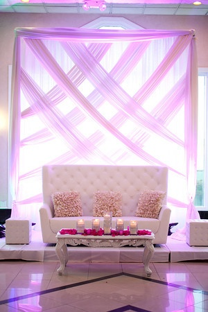 Wedding  Stage Decoration Ideas 2016-on;y white