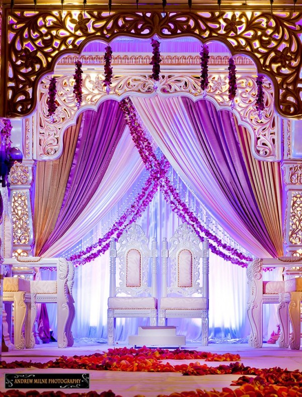 Wedding stage decoration ideas 2016 for Background decoration for indian wedding
