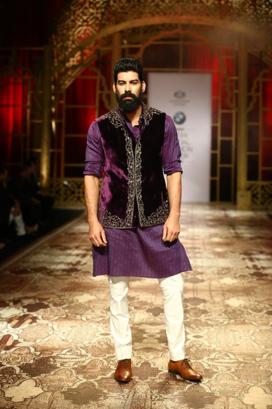 wedding sherwani Trend 2016-purple