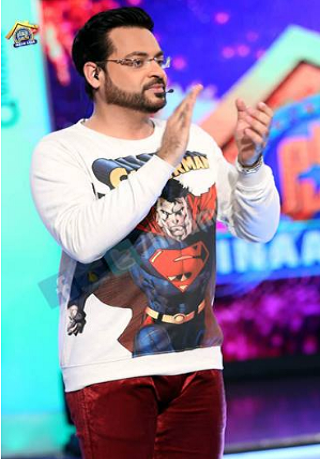Aamir Liaquat dress