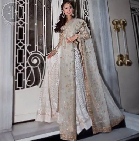 Ainy Jaffri's latest Photoshoot for Farah Talib Aziz (3)
