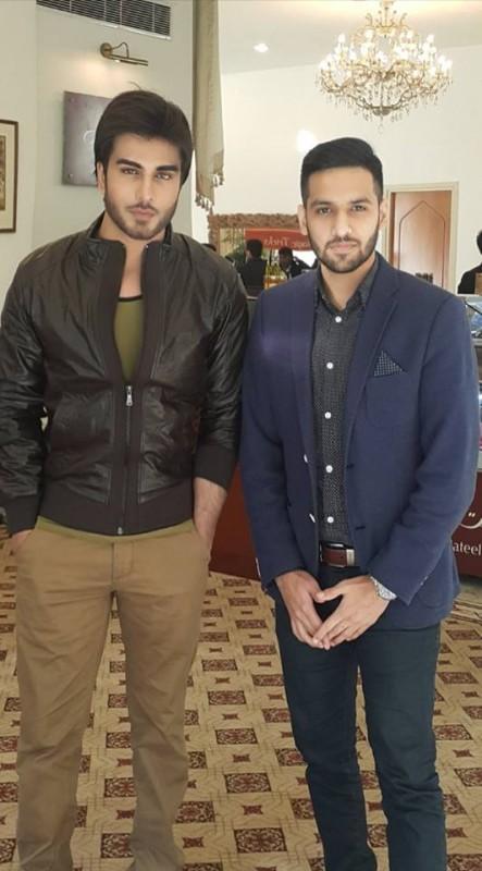 Cast of Tum Kon Piya and Mann Mayal with Zaid Ali (2)