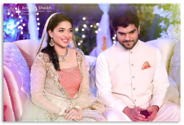 Exclusive pictures from Sanam Jung's Mehndi+Nikkah Ceremony (2)