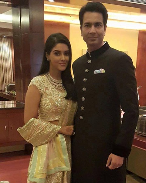 Latest Wedding Reception Pictures Of Asin0014