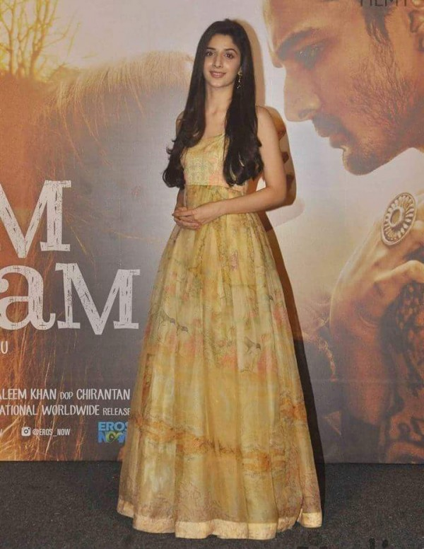 Mawra Hocane at the music launch of Sanam Teri Kasam (5)