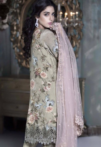 Maya Ali's clicks for Maria (7)