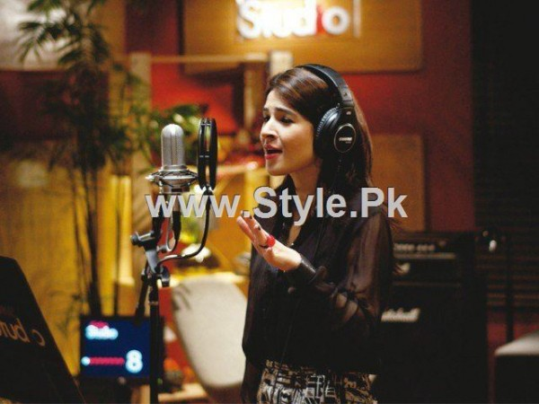 Pakistani Actresses who are also singers (2)