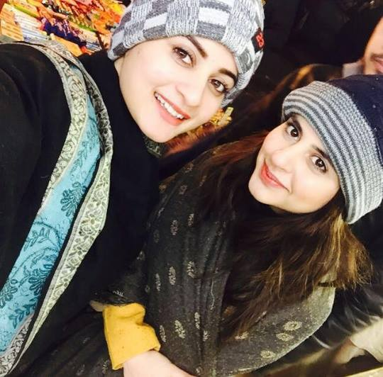 Pakistani Celebrities are on Vacations in Murree (3)