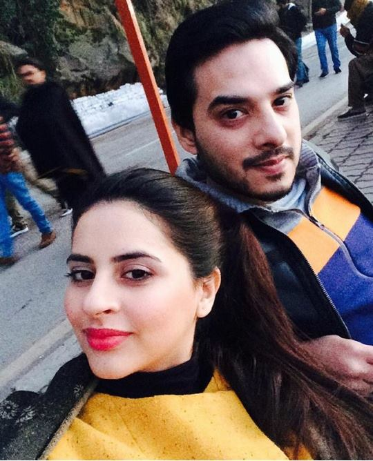 Pakistani Celebrities are on Vacations in Murree (7)