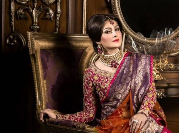 Pakistani Celebrities endorsing Afzal Jewelers (10)