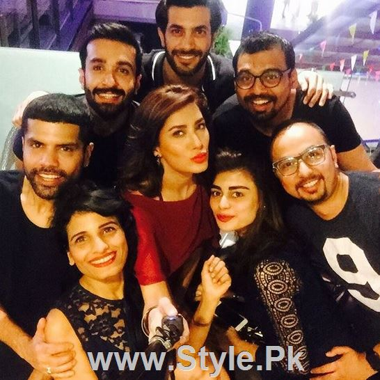 Pictures of Pakistani Celebrities on New year's Eve (14)
