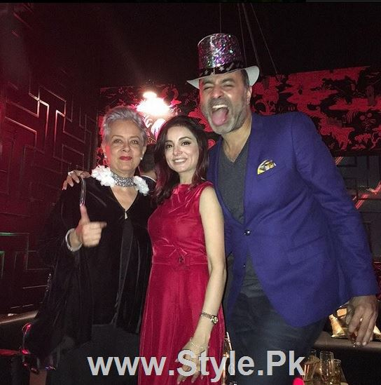 Pictures of Pakistani Celebrities on New year's Eve (19)